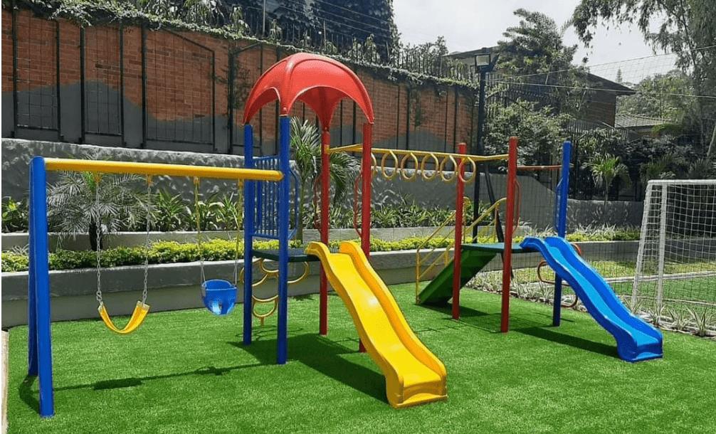parques metalicos infantiles